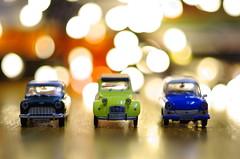 Three mini legends (Baubec Izzet) Tags: baubecizzet pentax bokeh lights car