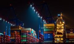 Löscharbeiten ... (Michael Bliefert) Tags: fahrzeug schiff hafen langzeitbelichtung hamburg deutschland 2019 hhla tollerort containerterminal container de