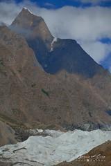 Sommet secondaire au dessus du glacier de Passu © Bernard Grua (Photos de voyages, d'expéditions et de reportages) Tags: glacier karakoram montagne hunza gojal bernardgrua passu gilgitbaltistan pakistan