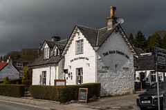 The Auld Smiddy Inn (The Old Blacksmith Inn ) (_K1_6326) (Ross G. Strachan Photography) Tags: lorraine pitlochry queenvictoria queensview scotland dam electric hydro mum salmonladder unitedkingdom gb