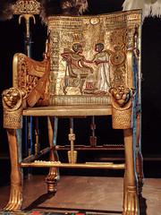 King Tut's golden throne chair with images of the king with his queen Ankhesenamun 18th dynasty New Kingdom Egypt (mharrsch) Tags: kingtut tutankhamun artifact treasure exhibit tomb egypt 18dynasty newkingdom discoveryofkingtut omsi oregonmuseumofscienceandindustry portland oregon mharrsch