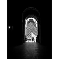 ~Into darkness~ (robert.walter) Tags: paris penf bnwstreet streetmoments streetphotographers streetview streetphoto streetphotography