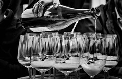 pouring out (Angelo Petrozza) Tags: australia australian wine vino australiano blackandwhite biancoenero bw mescere versare biano white spumante angelopetrozza sa south adelaide mclaren mclarenvale