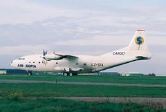 Antonov 12 LZ-SFA Air Sofia (Retro Jets) Tags: airsofia an12 manston