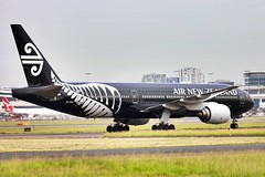 All Black in Kangaroo Territory (Jaws300) Tags: nz anz eos yssy syd smith kingsford kingsfordsmith international kingsfordsmithinternationalairport sydneykingsfordsmithinternationalairport arrival arriving taxiing taxiway airways airline airlines airport a330 airbus qantas australia sydney specialcs specialcolours specialpaintjob specialcolors cs colors colours special allblacks b777200 b772 b777 boeing zealand new newzealand air airnewzealand b777200er zkokh