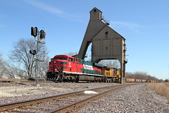 FXE 4696 west in DeKalb, Illinois on March 26, 2019. (soo6000) Tags: ferromex fxe fxe4696 es44ac gevo ge dekalb illinois coalchute genevasub up unionpacific iycg3r repotrain railroad train manifest freight