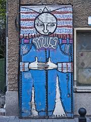 doorman_20190410 (h.m.a.t.s) Tags: bulgaria sofia plovdiv street streetphotography olympusomd omdem1markii streetart streetlife