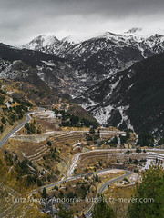 Andorra camis & rutes: Mountain landscape, Canillo, Vall d'Orient, Andorra (lutzmeyer) Tags: andorra bordesdelarmianacanillo canillo canilloparroquia carreterademontaupcanillocs240 casallecsiacarreterademontaupcs240 casallecsiaarenacarreterademontaupcs240 eltarter entoreltarter europe gebirge iberia iberianpeninsula juclar lutzmeyer pirineos pirineus pyrenees pyrenäen ransol soladeltarter valldincles valldorient valldelriu altitude2000collection bedeckt berge bild camisrutes enero foto fotografie gebirgszug gener hivern iberischehalbinsel image imagen imatge invierno januar january lake landscape landschaft lutzlutzmeyercom mfmediumformat montana montanas mountain mountains muntanyes paisaje paisatge photo photography picture rural rutaciclista02colldordinofromcanillo serpentine sonnenaufgang sortidadelsol sunrise vallorient village winter canillovalldorient