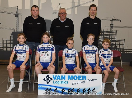 Van Moer Logistics Cycling Team (215)