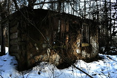 Ruins of an old house in the forest. (ALEKSANDR RYBAK) Tags: изображения развалины старый дом стена лес деревья зима сезон погода природа солнечный день свет тень снег images ruins old house wall forest trees winter season weather nature solar day shine shadow snow tree wood