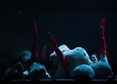 Pole Show LA 'RISE' Performance at Avalon Hollywood: Legs Up (Billy Bennight) Tags: artentertainmentandculture avalonhollywood bespun bethanyfinlayandfontainebradburyofaustralia carlychild carmineblack charleewagner hollywood jeddajordan poledance poledancing poleshowla rise contortion heels hoop pole