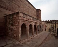 1941 (The Dent.) Tags: mamiya7ii meranghar fort pro400h india jodhpur