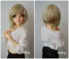 "Wig for MNF ""Beatrice"" (sonya_wig) Tags: fairytreewigs wig bjdwig minifeewig bjd bjdminifee minifeechloe handmadedoll bjddoll dollphoto fairyland fairylandminifee minifee chloe bjdphotographycoloringhair"