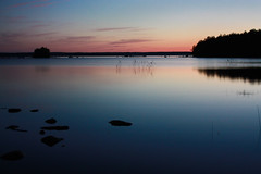 Schweden 08 208-1 (Andre56154) Tags: schweden08 schweden sweden sverige see lake himmel sky wasser water ufer sonnenuntergang sunset abendrot afterglow