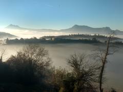 Entre la niebla (eitb.eus) Tags: eitbcom 36585 g1 tiemponaturaleza tiempon2018 monte bizkaia berriz jesúsgarcía