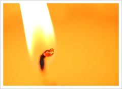 Bei einer Kerze ist nicht das Wachs wichtig... (https://www.norbert-kaiser-foto.de/) Tags: kerze docht flamme wachs hitze licht candle candlewick heat light flame macro