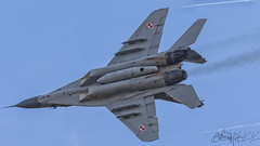 Polish Air Force Mikoyan-Gurevich MiG-29A Fulcrum 70-6 (Ben Stanley Hall) Tags: polish air force mikoyangurevich mig29a fulcrum 70 mig gurevich mikoyan sanicole international airshow 2017 17 show demo demonstration team belgium belgique belgie limburg kleine brogel kb keebee kee bee ebbl eble avgeek avporn aviation siły powietrzne malbork epmb 22 baza lotnictwa taktycznego 22blt 41 eskadra 41elt 1 skrzydło 1slt tactical fighter wing leopoldsburg beverlo airfield aeroclub vzw airplane sky jet aircraft cockpit