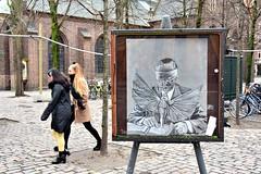 Art - Nikolajplads Copenhagen (FaceMePLS) Tags: kopenhagen copenhagen denmark scandinavië facemepls nikond5500 straatfotografie streetphotography kunst kunstwerk kunstobject kunstschilder painter denemarken