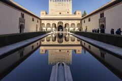 Patio de los Arrayanes (Alhambra - Granada) (U2iano) Tags: patio alhambra nazari nazaries españa spain andalucia andalusi granada reflejo arabe arabian