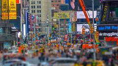 ... what are you doing down there ? ... (wolli s) Tags: flickr ny nyc newyork newyorkcity street timessquare us usa tiltshift view nikon d7100 tilt sfift
