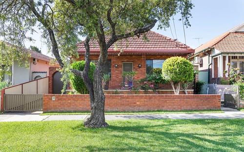 34 Waratah St, Canterbury NSW 2193