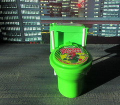 Sour Flush Candy Plunger With Sour Power Dip By Kids Mania BIP Candy And Toys UK 2018 - 2 Of 8 (Kelvin64) Tags: sour flush candy plunger with power dip by kids mania bip and toys uk 2018