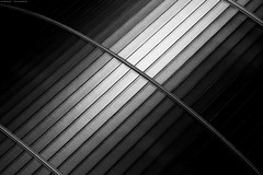 Kassel 4/14132 (KnutAusKassel) Tags: architektur architecture building gebäude abstrakt abstract lines linien bw blackandwhite blackwhite nb noirblanc monochrome black white schwarz weiss blanc noire blanco negro schwarzweiss grey gray grau einfarbig