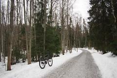 2019 Bike 180: Day 32, February 18 (olmofin) Tags: 2019bike180 finland bicycle polkupyörä lumix 14mm f25 snow ice lumi jää pyörätie pth
