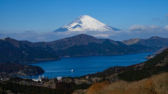 Fuji and Lake Ashinoko (shinichiro*) Tags: 20190203dsc3227 2019 crazyshin nikonz6 nikkorz2470mmf4s february winter fuji hakone kanagawa japan jp 大観山 lakeashinoko 芦ノ湖 47142588111 candidate