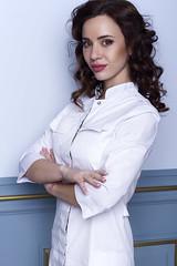врач (julia.doroshkevich) Tags: фотосессия доктор врач портрет косметолог девушка студия