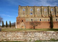 Abbazia di San Galgano - Chiusdino - Siena (Darea62) Tags: abbey monument cypresses ancient medieval tuscany toscana historic history meadow sky decay religion catholic sonyalpha77 valdimerse marumi chiusdino