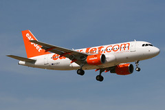 G-EZET, Gatwick, September 9th 2006 (Southsea_Matt) Tags: gezet easyjet airbus a319111 egkk lgw londongatwick westsussex england unitedkingdom september 2006 autumn canon 30d airplane aeroplane aircraft airport transport