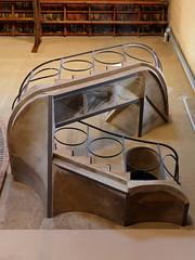 X_P1090719 (Menny Borovski) Tags: stairwell architecture architecturaldetail cathedral wine pinelldebari spain winery tarragona catedraldelvino cèsarmartinell catalanmodernista