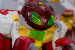 DSC_9339 (Quantum Stalker) Tags: hasbro amazon exclusive transformers titans return power primes repugnus monsterbots g1 awkward bug ugly dull toy action figure sled master homage