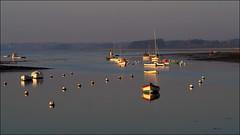 Fin de journée à l'Ile Tudy (Phoebus58) Tags: iletudy finistère bretagne brittany coucherdesoleil sunset bateau boat olympus