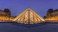 Le Louvre (romain.roussel) Tags: paris france louvre blue night exposure city landscape photo ville pyramids museum