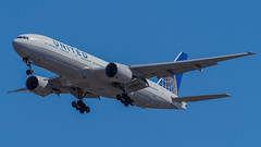 N785UA (gankp) Tags: washingtondullesinternationalairport arrivals airplanespotting planes