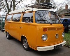 OPU 526P (Nivek.Old.Gold) Tags: 1976 volkswagen camper 1584cc latebay