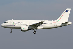 MM-62209 10042019 (Tristar1011) Tags: ebbr bru brusselsairport aeronauticamilitareitaliana airbus airbuscorporatejet a319cj a319 mm62209 repubblicaitaliana