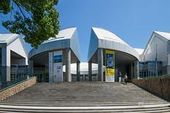 The facade of Hiroshima City Museum of Contemporary Art (広島市現代美術館) (christinayan01 (busy)) Tags: hiroshima japan architecture building museum perspective kurokawa kisho