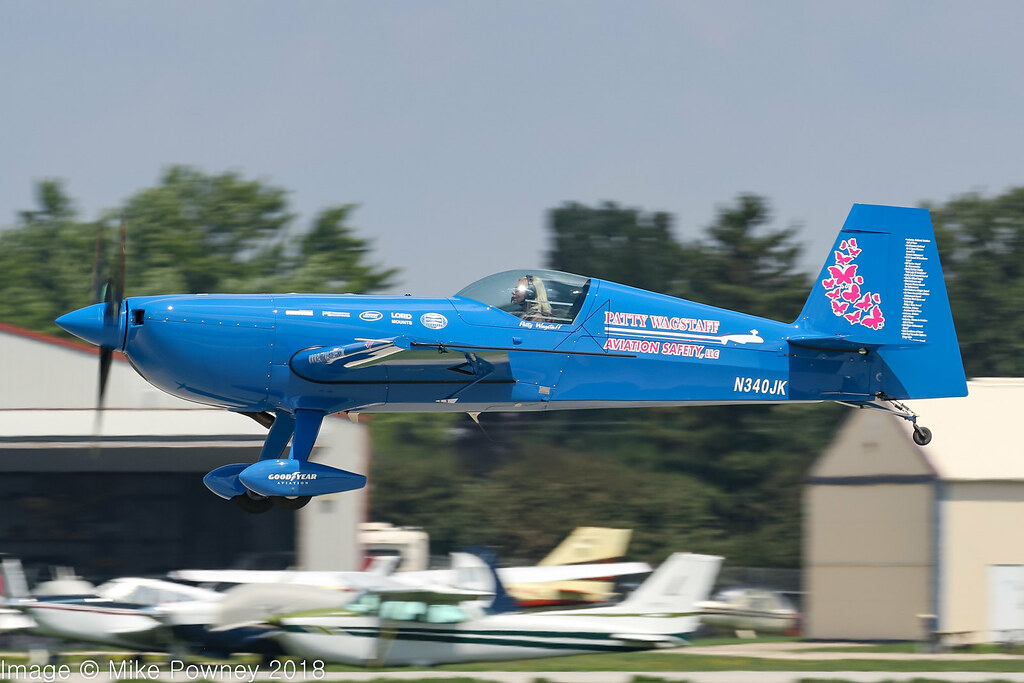 The World's Best Photos of aerobatic and airventure - Flickr