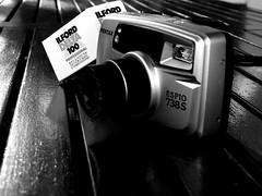 IMGP2043 Mundo analógico.. (Eloy61) Tags: filmisnotdead film35mm pentaxespio monocrome light analoguefilm analoguephotography