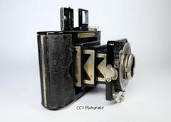 Minolta Six - 1936 (http://www.yashicasailorboy.com) Tags: minoltasix camera film japan nippon 1930s photography 6x6cm mediumformat