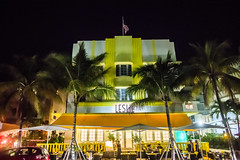 The Nights and Lights of South Beach (Thomas Hawk) Tags: florida leslie lesliehotel miami miamibeach southbeach usa unitedstates unitedstatesofamerica architecture neon fav10 fav25