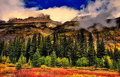 Banff National Park in Autumn, Alta, Canada (klauslang99) Tags: klauslang nature naturalworld northamerica national banff park alberta cuenca mountains trees clouds landscape
