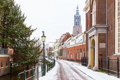 Winter in Amersfoort - Langegracht (jan.vd.wolf) Tags: amersfoort utrecht nederland nl winter sneeuw snow holland city stad