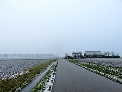 's Heerenhoek (Omroep Zeeland) Tags: bevroren sloten mist sneeuw koud de polder