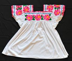 Totonac Embroidered Blouse Puebla Mexico (Teyacapan) Tags: blusa blouses mexican puebla totonaca tepangoderodriguez flores flowers embroidery textiles ropa