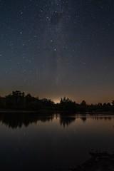 Esperando la salida de la luna en aguas del Río Itata , región de Ñuble - Chile (lemjdoc) Tags: astrofotografía fotografíanocturna chile ríoitata víalactea milkyway