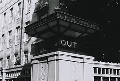 Out (Jim Davies) Tags: maletstreet bloomsbury university soas instituteofmodernlanguagesandresearch olympus om10 slr 50mm ferrania p30 film filmfilmforever analogue photography veebotique 35mm 35mmfilm blackandwhitefilm bw blackandwhite monochrome uk england 2018 may london artdeco architecture